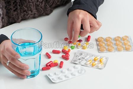 muchos medicamentos diferentes