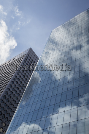 france paris la defence skyscraper