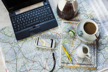 planning a journey with maps cell