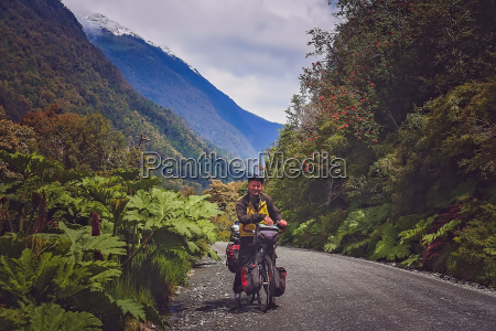 cycle touring on carretera austral